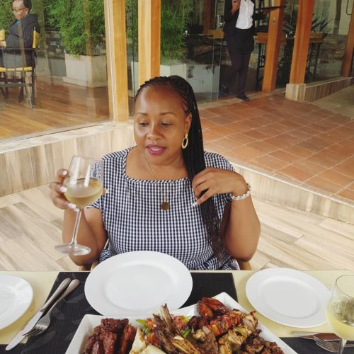Nairobi Sugar Mummy Wants A Loving Guy To Marry Her